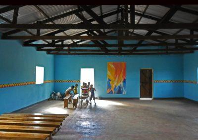 Pfingstbild mit umlaufendem Motivband in der Kirche von Chiponde, Aufnahme: © Hilde Chistè