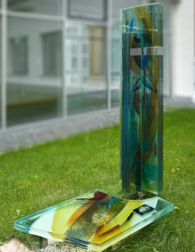 Josef King Gedenkstele - Aufnahme des Gesamtkunstwerks © Gestaltung: Hilde Chistè, © Aufnahme: Dorfstetter