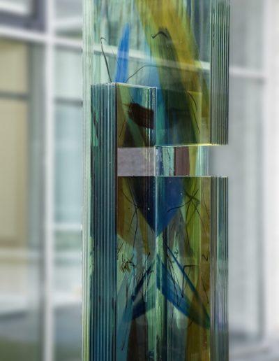 Josef King Gedenkstele - Detailansicht Glaskunstwerk © Gestaltung: Hilde Chistè, © Aufnahme: Dorfstetter