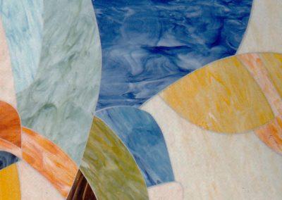 Detail II der Glaswandgestaltung im Aufbahrungsraum der Privatklinik Hochrum - Opaqueglas © Gestaltung Hilde Chistè © Aufnahme Lackner