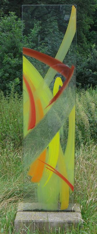 Stele 3 - Glasmalerei mit keramischen Schmelzfarben © Hilde Chistè